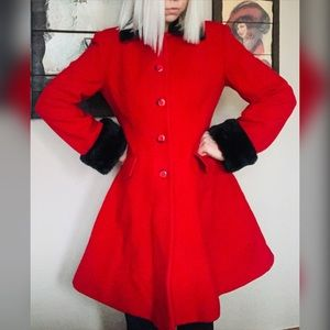 VTG Cherry Red Trench Coat Faux Fur Collar